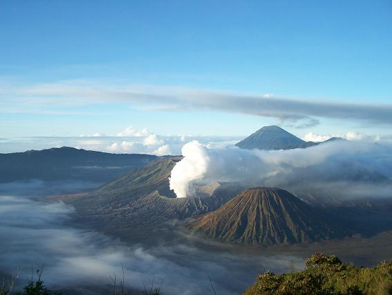 "The image ""http://yunan.or.id/wp-content/uploads/2008/05/bromo_view_penanjakan.jpg"" cannot be displayed, because it contains errors."