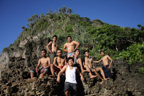 Pose bersama Temans 2